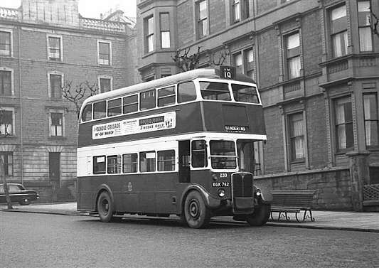 Dundee No.233, ex London Transport RT1503